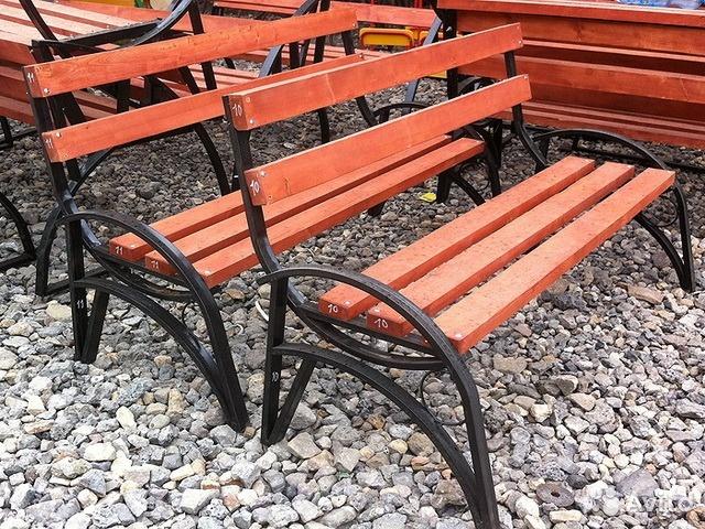 скамейки со спинкой