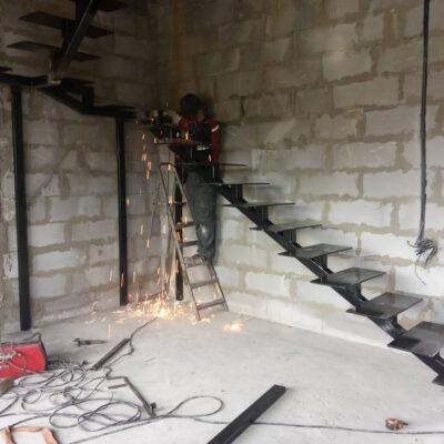 Лестница с монокосоуром
